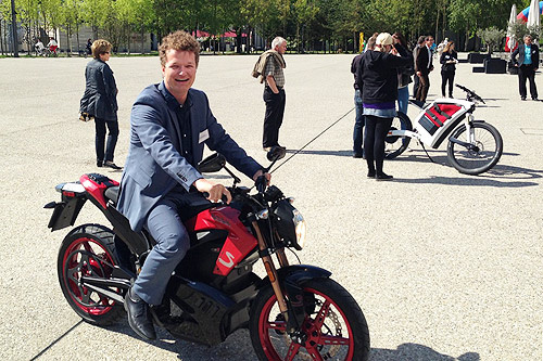aron-motorcycle